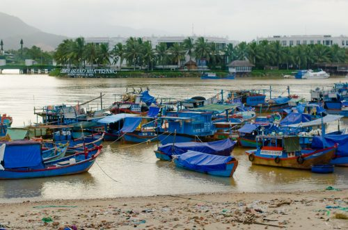 Порт Нячанга, Вьетнам, Eho Severa, корабли